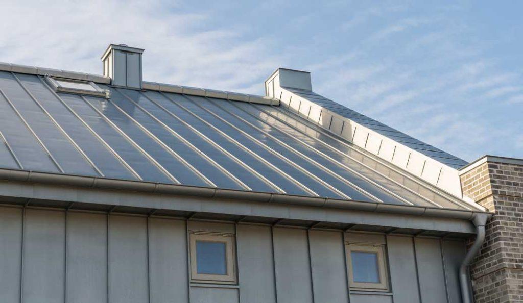 toiture en zinc pour maison